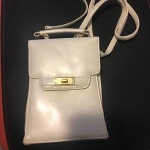 Handbags - Vintage Cream travel purse/planner never used